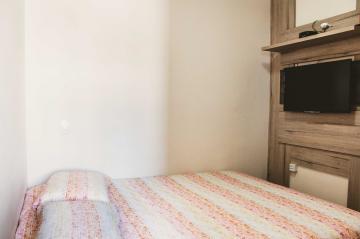 Comprar Apartamentos / Padrão em São José dos Campos apenas R$ 255.000,00 - Foto 17