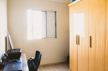 Comprar Apartamentos / Padrão em São José dos Campos apenas R$ 255.000,00 - Foto 19
