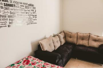 Comprar Apartamentos / Padrão em São José dos Campos apenas R$ 265.000,00 - Foto 4
