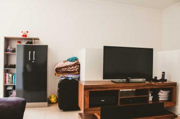 Comprar Apartamentos / Padrão em São José dos Campos apenas R$ 265.000,00 - Foto 8