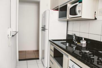 Comprar Apartamentos / Padrão em São José dos Campos apenas R$ 265.000,00 - Foto 19