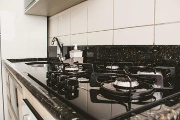 Comprar Apartamentos / Padrão em São José dos Campos apenas R$ 265.000,00 - Foto 20
