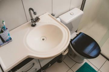 Comprar Apartamentos / Padrão em São José dos Campos apenas R$ 265.000,00 - Foto 23