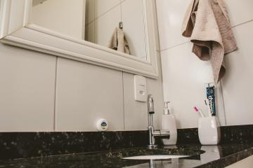Comprar Apartamentos / Padrão em São José dos Campos apenas R$ 450.000,00 - Foto 13