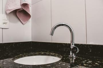 Comprar Apartamentos / Padrão em São José dos Campos apenas R$ 450.000,00 - Foto 15