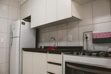 Comprar Apartamentos / Padrão em São José dos Campos apenas R$ 450.000,00 - Foto 16