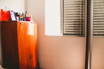 Comprar Apartamentos / Padrão em São José dos Campos apenas R$ 212.000,00 - Foto 7