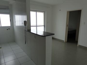 Alugar Apartamentos / Padrão em São José dos Campos apenas R$ 900,00 - Foto 1