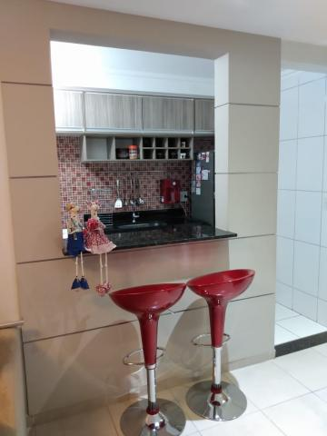 Comprar Apartamentos / Padrão em São José dos Campos apenas R$ 230.000,00 - Foto 3