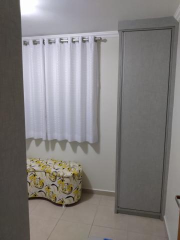 Comprar Apartamentos / Padrão em São José dos Campos apenas R$ 230.000,00 - Foto 12