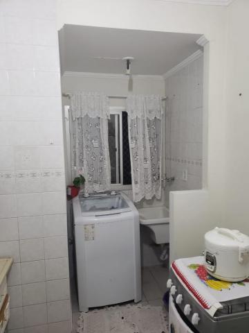 Comprar Apartamentos / Padrão em São José dos Campos apenas R$ 179.000,00 - Foto 4
