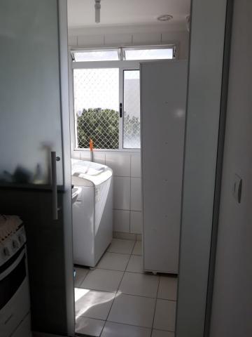 Comprar Apartamentos / Padrão em São José dos Campos apenas R$ 260.000,00 - Foto 3