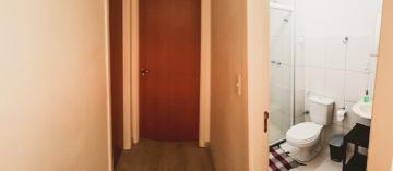 Comprar Apartamentos / Padrão em São José dos Campos apenas R$ 260.000,00 - Foto 6