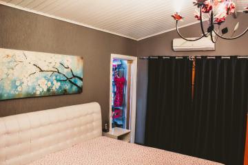 Comprar Casas / Padrão em São José dos Campos apenas R$ 450.000,00 - Foto 16