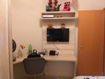 Comprar Apartamentos / Padrão em São José dos Campos apenas R$ 340.000,00 - Foto 9