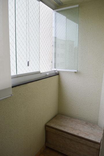 Comprar Apartamentos / Padrão em São José dos Campos apenas R$ 195.000,00 - Foto 2