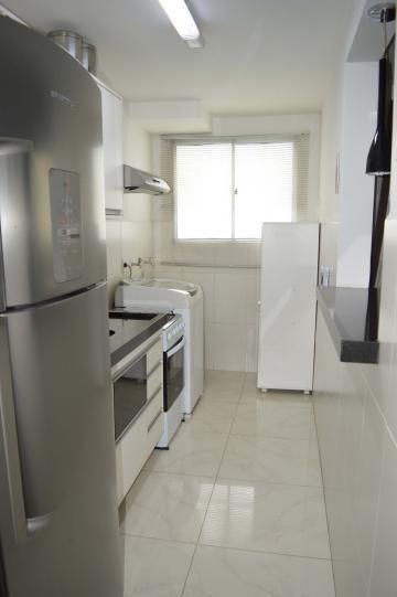 Comprar Apartamentos / Padrão em São José dos Campos apenas R$ 195.000,00 - Foto 11