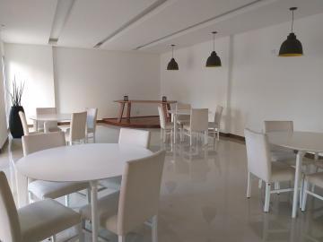 Alugar Apartamentos / Padrão em São José dos Campos apenas R$ 2.560,00 - Foto 1