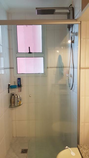 Comprar Apartamentos / Padrão em São José dos Campos apenas R$ 385.000,00 - Foto 13