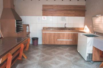 Comprar Apartamentos / Padrão em São José dos Campos apenas R$ 330.000,00 - Foto 18