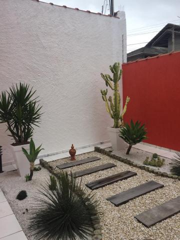 Comprar Casas / Padrão em Jacareí apenas R$ 600.000,00 - Foto 2