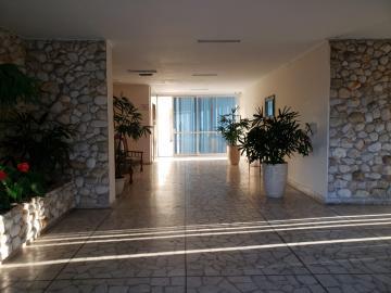 Comprar Apartamentos / Padrão em São José dos Campos apenas R$ 450.000,00 - Foto 26