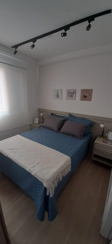 Comprar Apartamentos / Padrão em São José dos Campos apenas R$ 200.000,00 - Foto 7