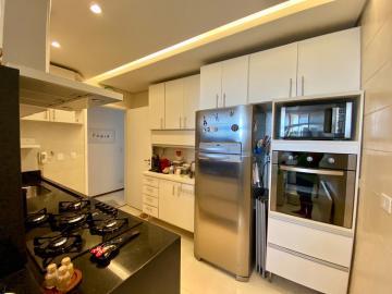 Comprar Apartamentos / Padrão em São José dos Campos apenas R$ 372.000,00 - Foto 7
