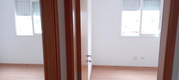Comprar Apartamentos / Padrão em São José dos Campos apenas R$ 270.000,00 - Foto 12