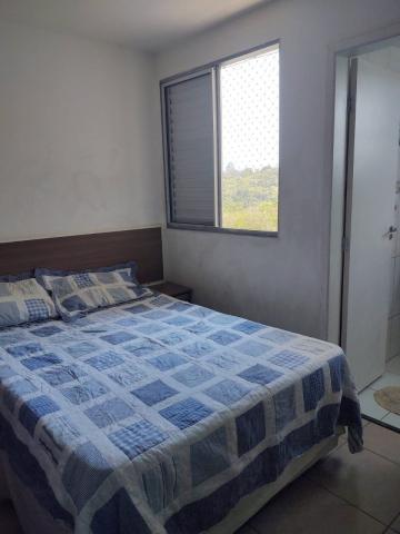 Comprar Apartamentos / Padrão em São José dos Campos apenas R$ 213.000,00 - Foto 4