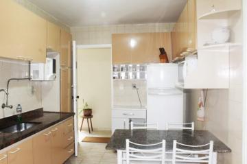 Comprar Apartamentos / Padrão em São José dos Campos apenas R$ 298.000,00 - Foto 5