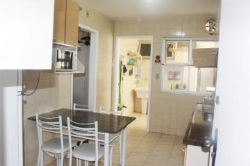 Comprar Apartamentos / Padrão em São José dos Campos apenas R$ 298.000,00 - Foto 6