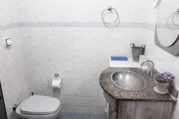Comprar Apartamentos / Padrão em São José dos Campos apenas R$ 298.000,00 - Foto 14