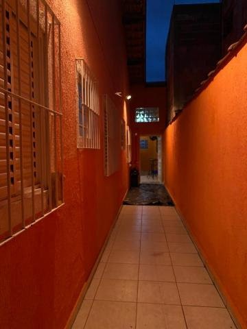 Comprar Casas / Padrão em São José dos Campos apenas R$ 420.000,00 - Foto 4