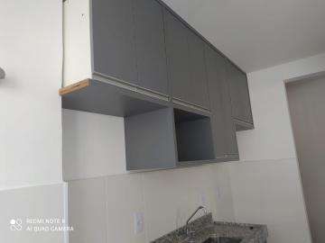 Alugar Apartamentos / Padrão em São José dos Campos R$ 1.100,00 - Foto 3