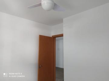 Alugar Apartamentos / Padrão em São José dos Campos R$ 1.100,00 - Foto 8