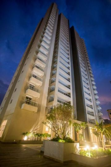 Alugar Apartamentos / Padrão em São José dos Campos. apenas R$ 1.026.000,00
