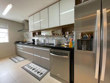 Comprar Apartamentos / Padrão em São José dos Campos R$ 1.250.000,00 - Foto 7