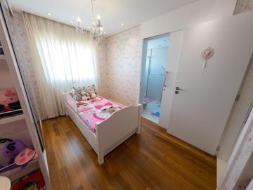 Comprar Apartamentos / Padrão em São José dos Campos R$ 1.780.000,00 - Foto 14