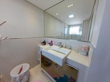 Comprar Apartamentos / Padrão em São José dos Campos R$ 1.780.000,00 - Foto 15