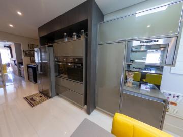 Comprar Apartamentos / Padrão em São José dos Campos R$ 1.780.000,00 - Foto 21