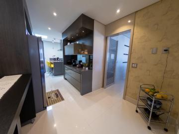 Comprar Apartamentos / Padrão em São José dos Campos R$ 1.780.000,00 - Foto 23