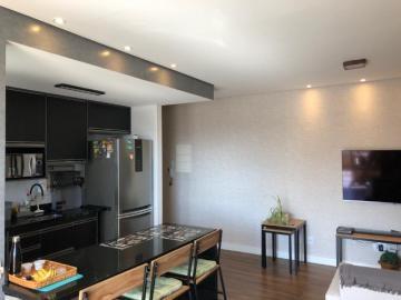 Comprar Apartamentos / Padrão em São José dos Campos R$ 392.000,00 - Foto 3