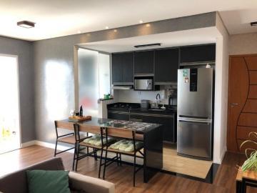 Comprar Apartamentos / Padrão em São José dos Campos R$ 392.000,00 - Foto 4