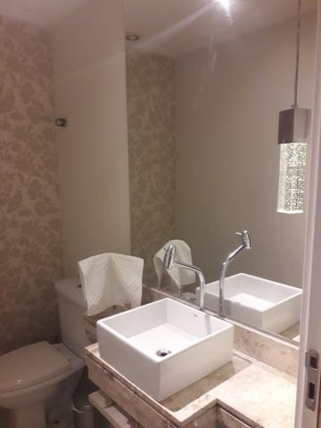 Alugar Apartamentos / Padrão em São José dos Campos R$ 7.500,00 - Foto 2