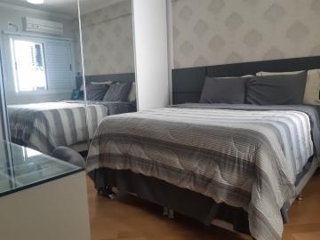 Comprar Apartamentos / Padrão em São José dos Campos R$ 650.000,00 - Foto 12
