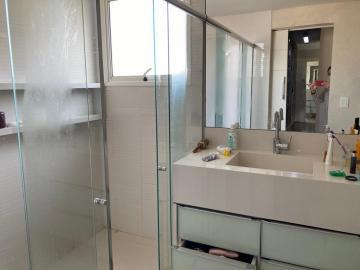 Comprar Apartamentos / Padrão em São José dos Campos R$ 1.600.000,00 - Foto 12
