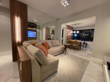 Comprar Apartamentos / Padrão em São José dos Campos - Foto 4
