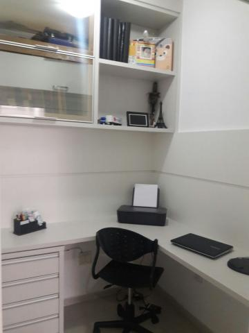 Alugar Apartamentos / Padrão em São José dos Campos R$ 2.000,00 - Foto 7